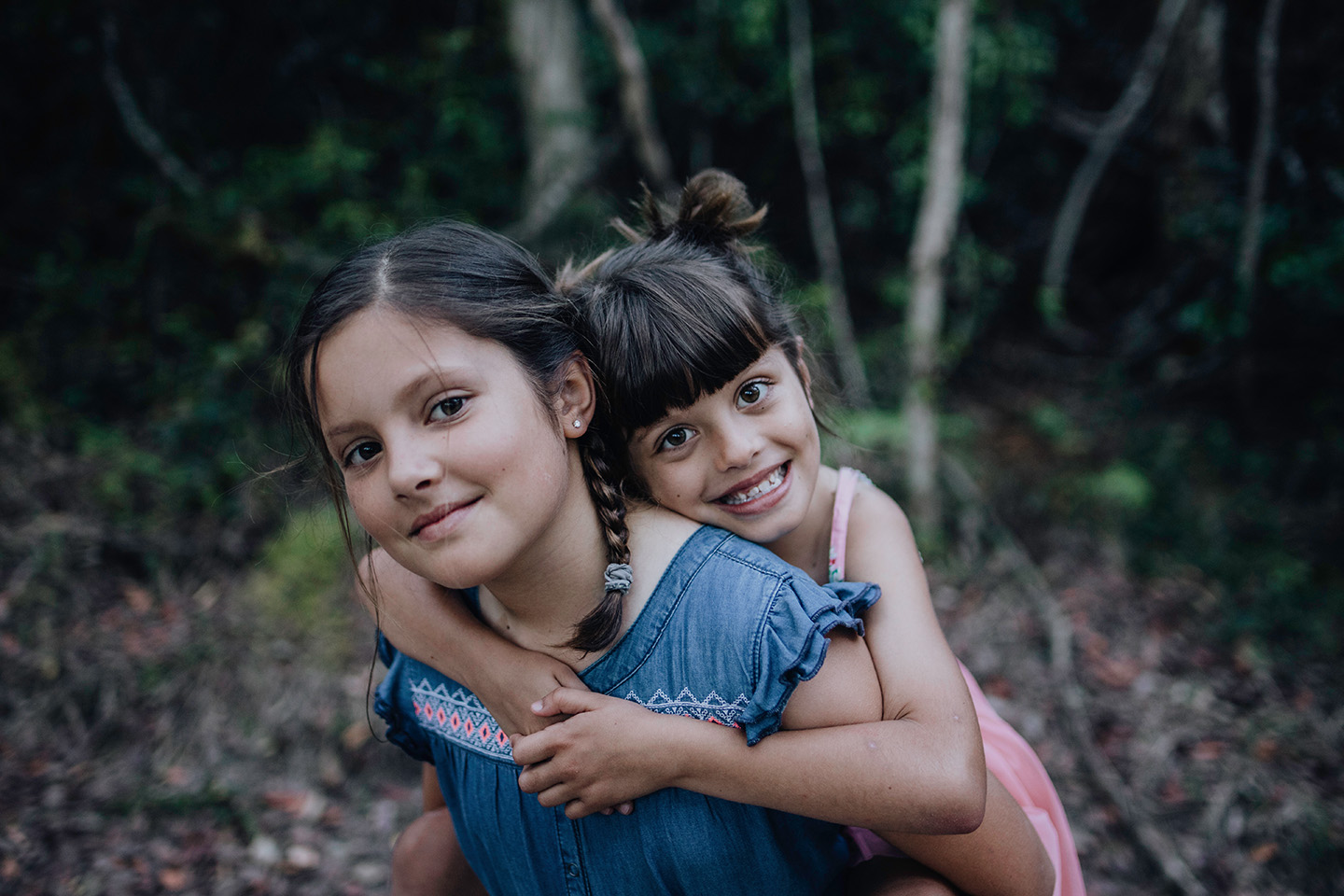 Sisters, piggy back, family photography, children photography,Alice Payne photography