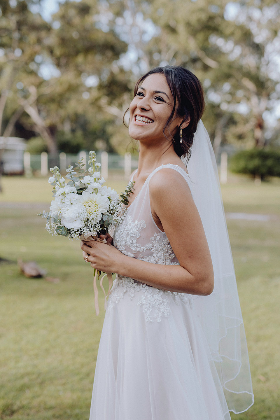 Bride, wedding, wedding dress, bouquet, wedding day, wedding photography, Alice Payne photography, mid north coast photographer