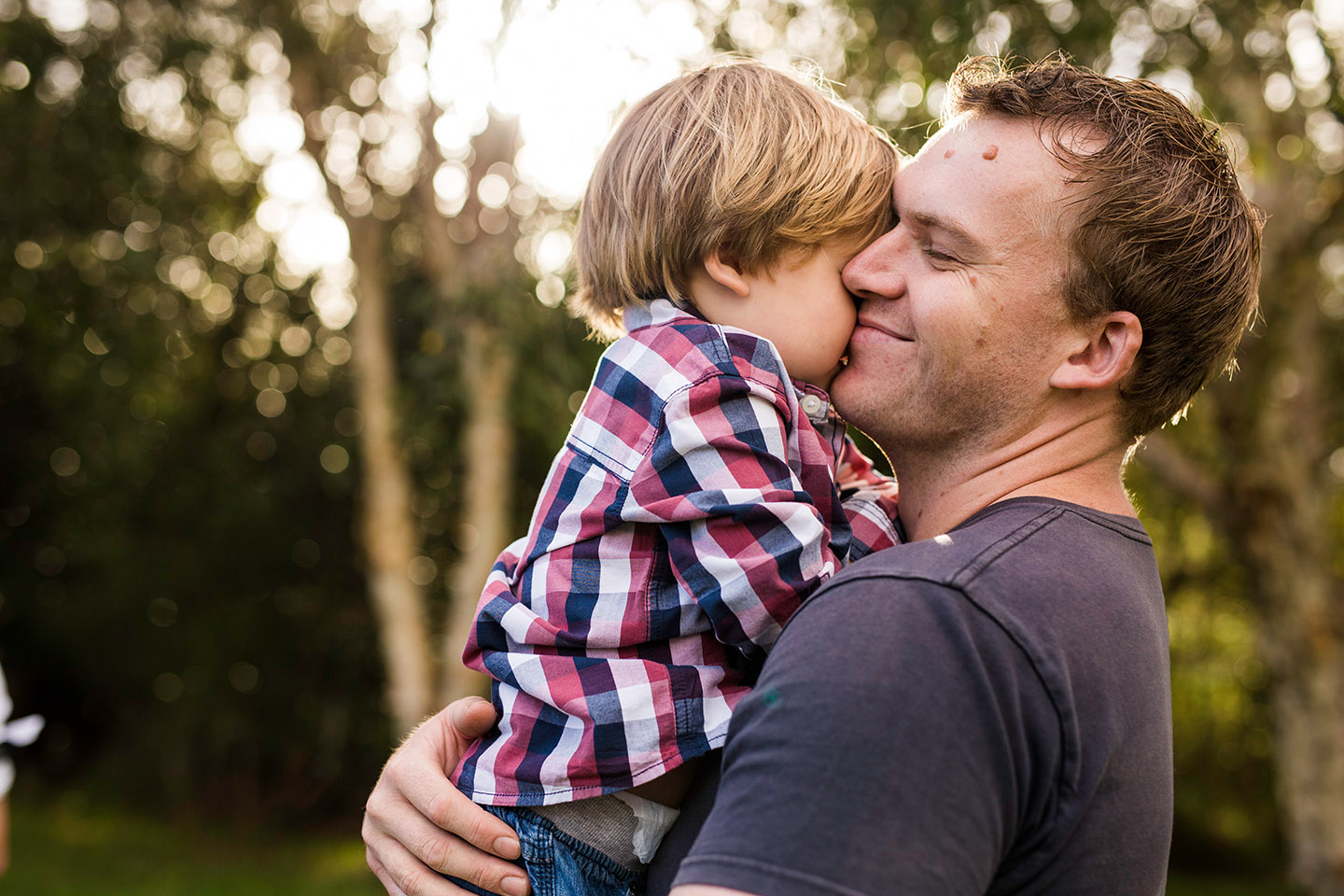 Father and son, childhodod, family photography, afternoon light, Alice Payne photography, mid north coast photographer