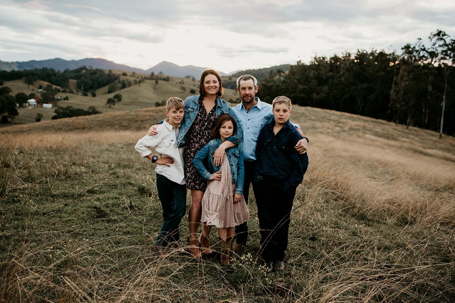 Family of five standing in front of a beautiful landscape -family photography - Nambucca valley photographer - Bellingen photographer - Nambucca heads photographer - lifestyle photographer