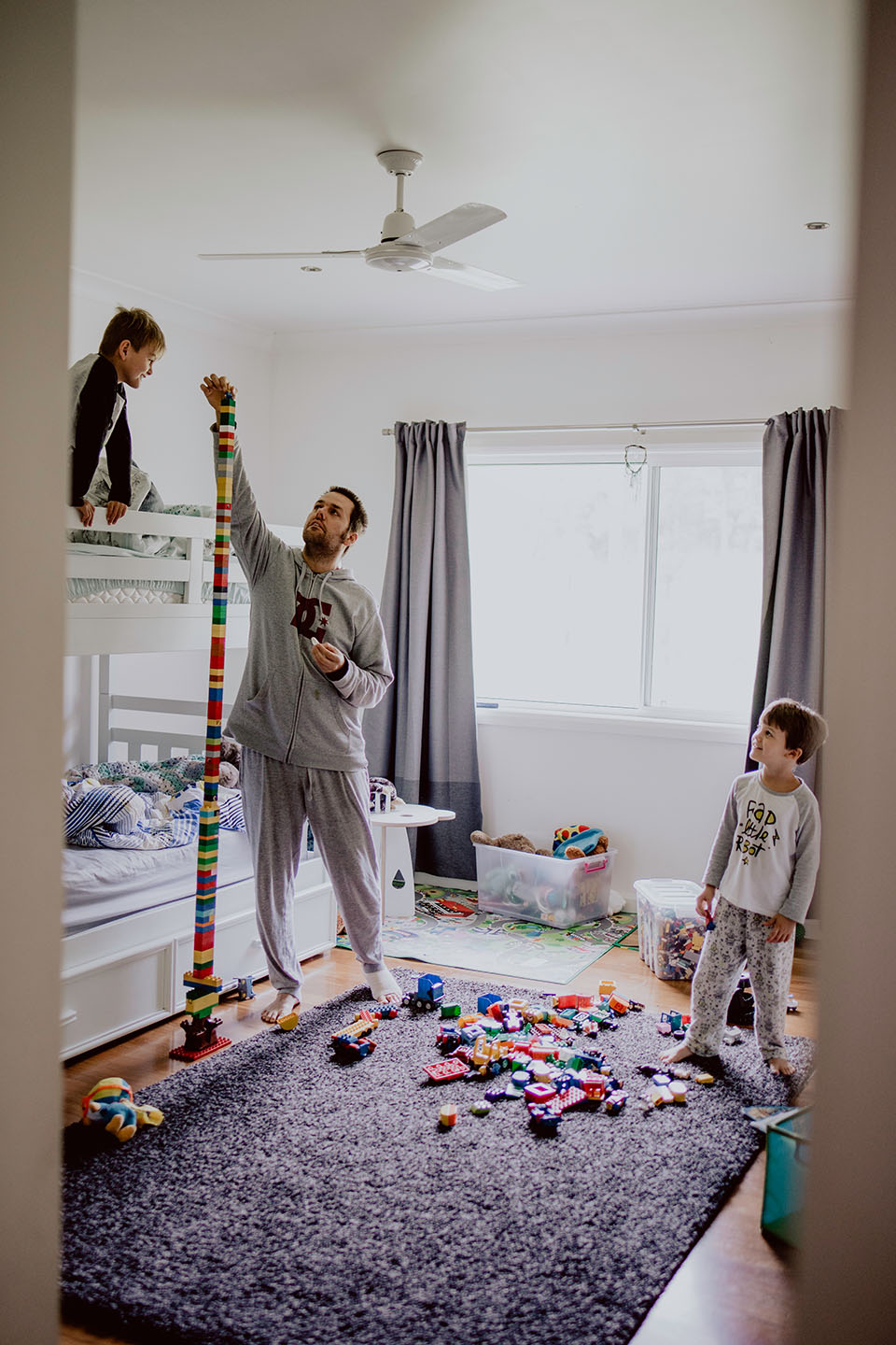 dad, boys, playing blockes, home session, family photography, Alice Payne photography, mid north coast, nsw