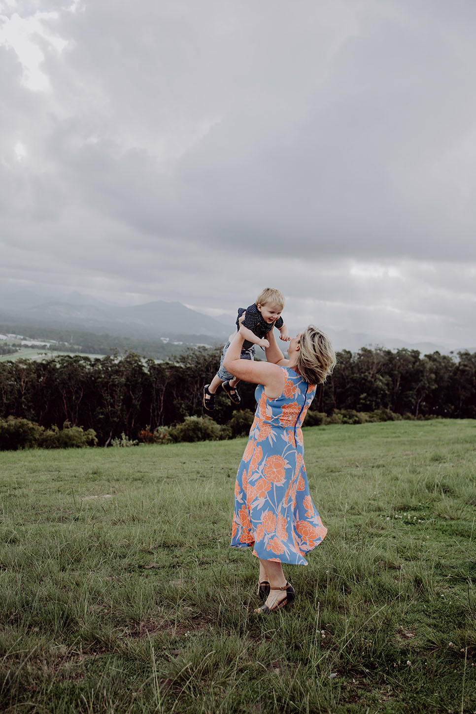Family photography, childhood, mother and son, location, Alice Payne photography